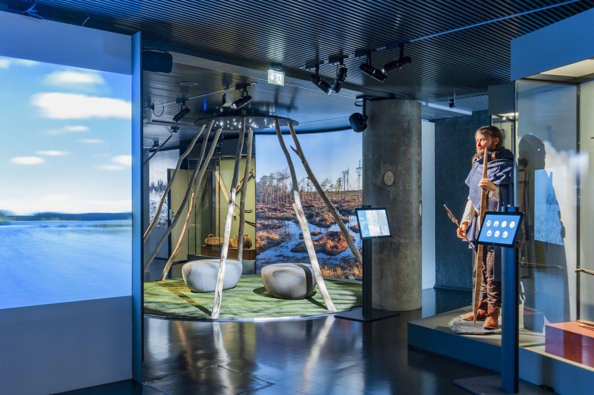 Museot.fi - Yleisöopastus Keskisuomalaisuutta etsimässä -näyttelyyn