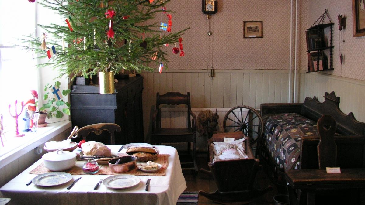 Svært Museot.fi - Traditionell julutställning - Hästkuskens jul XN-44